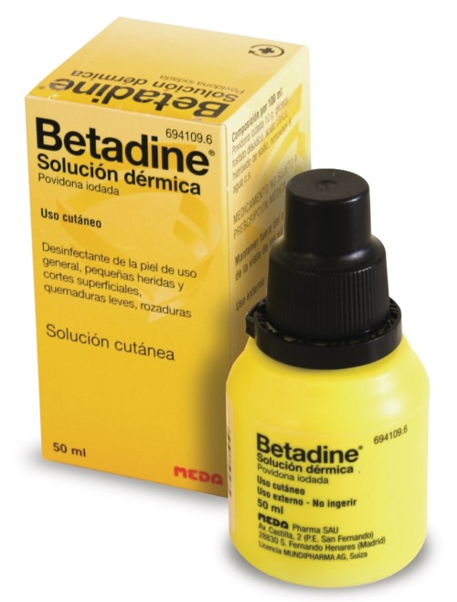 BETADINE 100 mg/ml SOLUCION CUTANEA 1 FRASCO 50 ml